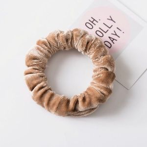 Accessories - Tan Velvet Elastic Scrunchies! Only two Tan left!